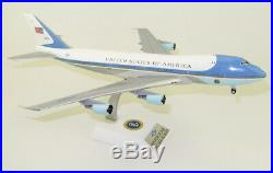 1200 INF200 USAF Boeing VC-25A (747-200) 28000 polished withstand LAST PIECES