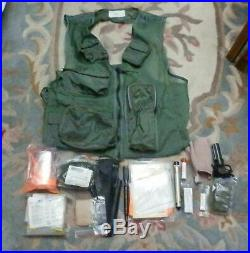 Genuine 1984 US Air Force USAF Survival Mesh Net SRU-21/P Vest Large w SUPPLIES