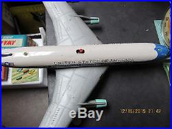 UNITED STATES OF AMERICA BATTERY OPERATED AIRPLANE USAF LARGE TIN 60s WORKS 19