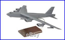 USAF Boeing B-52H Stratofortress Bomber Desk Top Display Model 1/100 ES Airplane