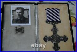 WW2 Czech pilot DFC and tunic